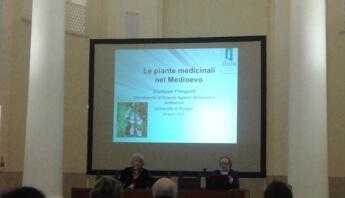 ll'Assessore alla cultura dott. ssa Teresa Severini e il prof Frenguelli